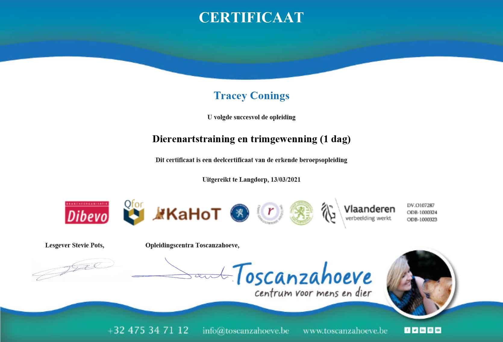 Certificaat Dierenartstraining en trimgewenning Tracey Conings